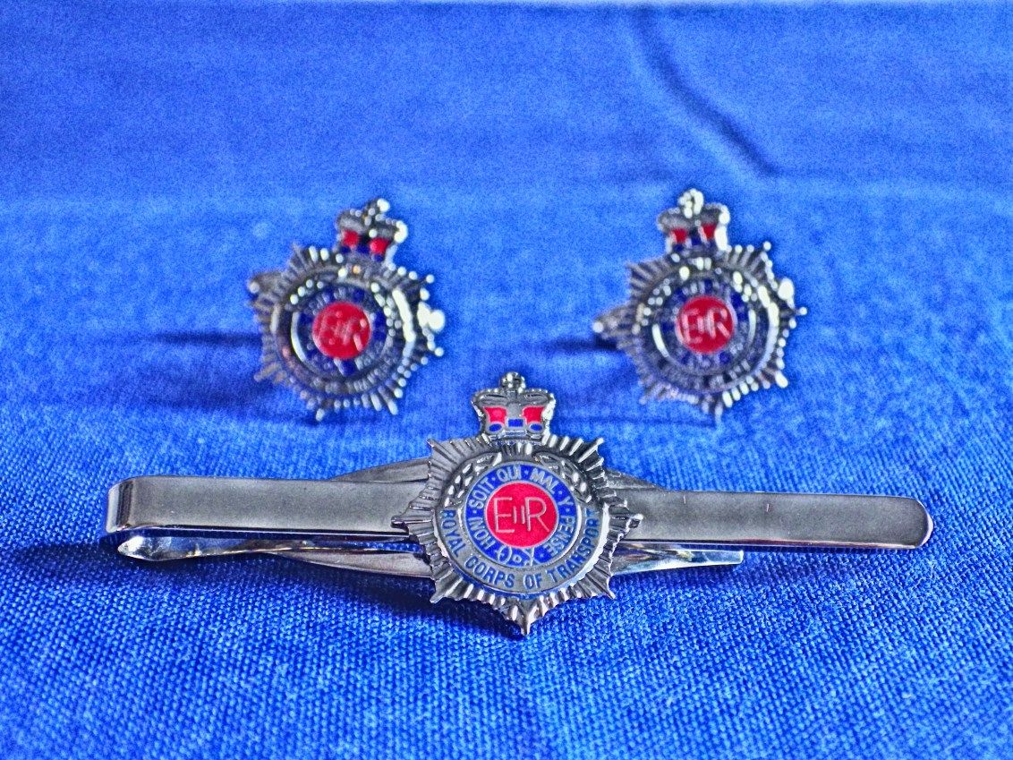 ROYAL CORPS OF TRANSPORT ( RCT ) CUFF LINK AND TIE GRIP / CLIP SET (S)